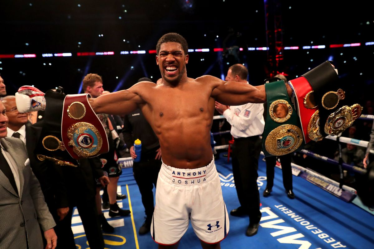 Anthony Joshua laughs off 'ducking' claims